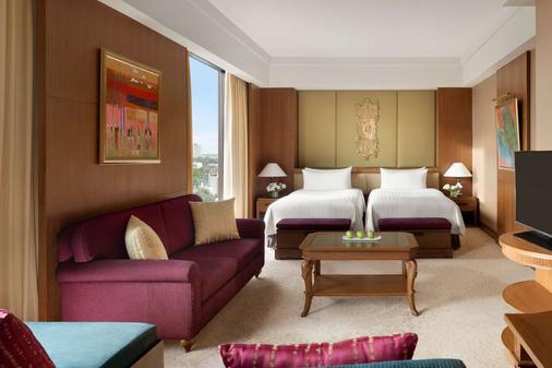 清迈香格里拉大酒店 - 清迈 - 睡房