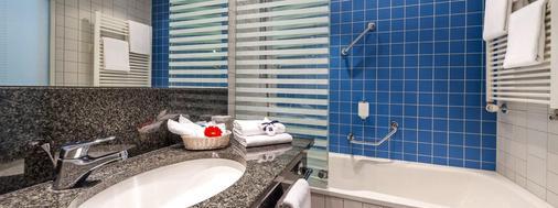 多林特三索斯柏林/波茨坦酒店 - 波茨坦 - 浴室