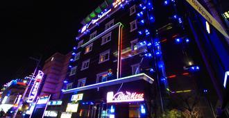 蓝魔旅馆 - 庆州 - 建筑