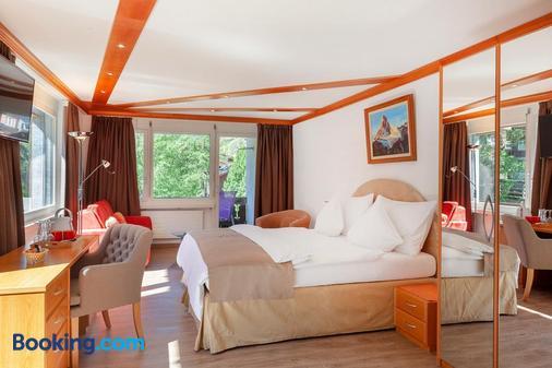 博里瓦奇酒店 - 采尔马特 - 睡房
