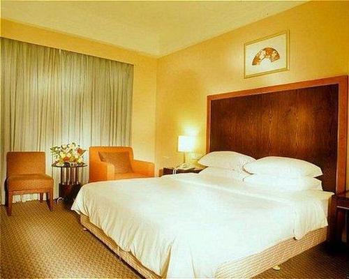金海岸罗顿大酒店 - 海口 - 睡房