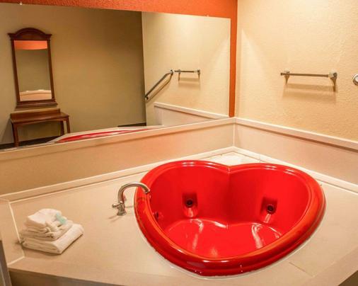 凯富套房酒店 - 巴拿马城 - 浴室
