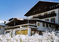 波斯特帕诺拉玛酒店 - 布列瑟农 - 建筑