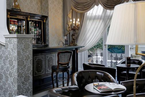伦敦瑞士小屋贝斯特韦斯特酒店 - 伦敦 - 酒吧