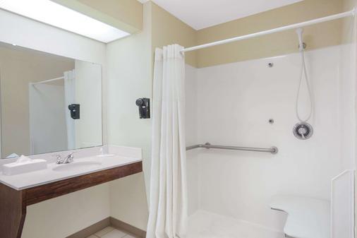 塔斯卡卢萨贝蒙特旅馆套房酒店 - 塔斯卡卢萨 - 浴室
