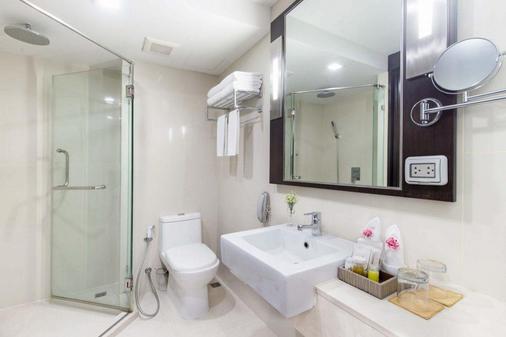 美达酒店恩加王弯酒店 - 暖武里 - 浴室