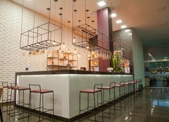 格兰阿雷酒店 - 特雷西纳 - 酒吧