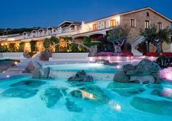 普利奇诺酒店 - 阿尔扎凯纳 - 游泳池