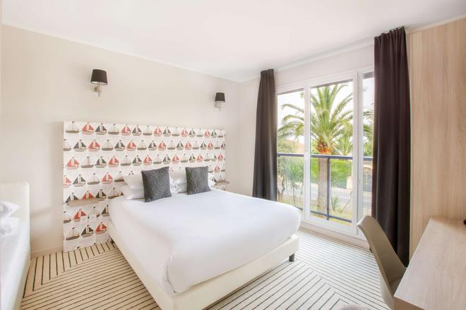 昂蒂布海滨最佳西方Plus酒店 - 安提伯 - 睡房