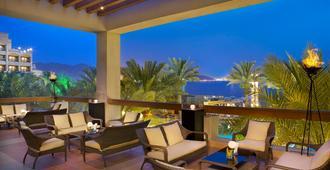 亚喀巴洲际酒店 - 亚喀巴 - 阳台