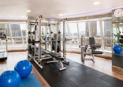 奥瑞丝地铁中央宾馆公寓 - 迪拜 - 健身房