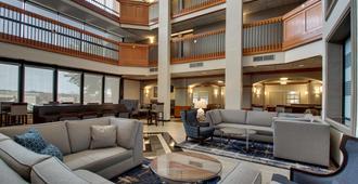 圣安东尼奥西北医疗中心旅馆及套房德鲁酒店 - 圣安东尼奥 - 休息厅