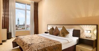 巴库温德姆戴斯酒店 - 巴库 - 睡房
