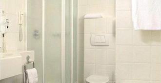 卡尔顿奥西斯酒店 - 鹿特丹 - 浴室