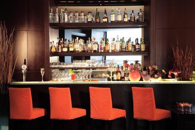怡东星级酒店 - 博洛尼亚 - 酒吧