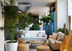 怡东星级酒店 - 博洛尼亚 - 大厅