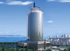青岛颐中皇冠假日酒店 - 青岛 - 户外景观