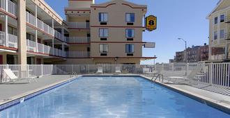 速8大西洋城酒店 - 大西洋城 - 游泳池