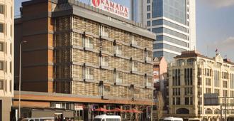 伊斯坦布尔希什利温德姆华美达套房酒店 - 伊斯坦布尔 - 建筑