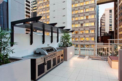 曼特拉城区公寓式酒店 - 布里斯班 - 阳台