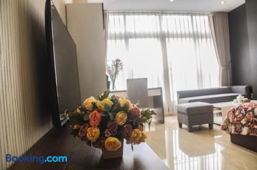 灿烂阳光服务式公寓 - 胡志明市 - 睡房