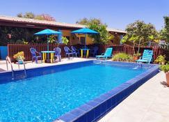 塞西尔天堂酒店 - 威廉斯塔德 - 游泳池