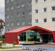 宜必思北阿瓜斯卡连特斯酒店