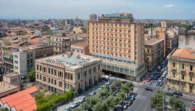 卡塔尼亚中心nh酒店 - 卡塔尼亚 - 建筑