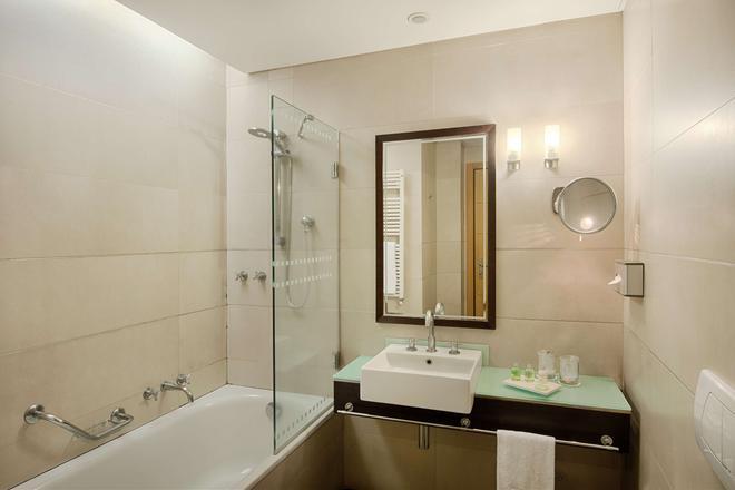 卡塔尼亚中心nh酒店 - 卡塔尼亚 - 浴室