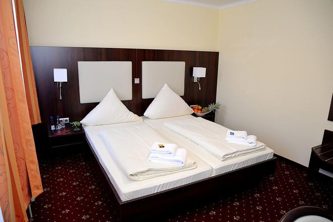 诺格拉本呢尔霍夫酒店 - 汉堡 - 睡房
