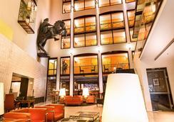 格罗塞选帝侯德拉格生活酒店 - 柏林 - 大厅