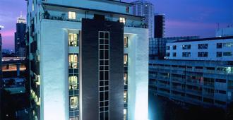 素坤逸富丽华酒店 - 曼谷 - 建筑