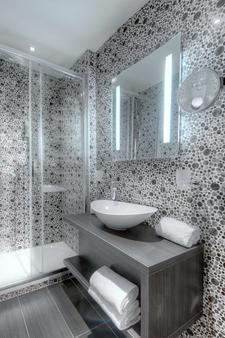 贝斯特韦斯特尼斯马德里酒店 - 尼斯 - 浴室
