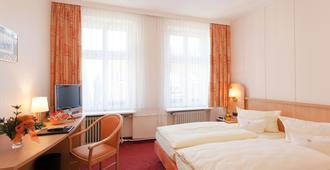 贝恩酒店 - 柏林 - 睡房