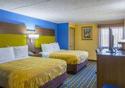 凯艺套房酒店 - 亚特兰大 - 睡房