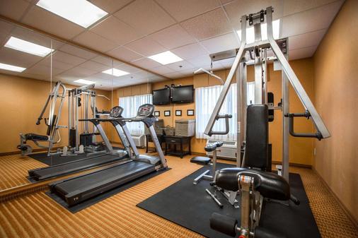 凯富套房酒店 - 奥古斯塔 - 健身房