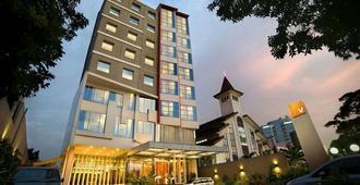 特贝特酒店 - 南雅加达 - 建筑