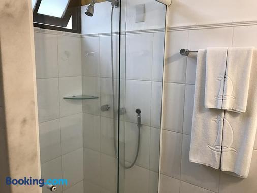 科斯塔诺特英国酒店 - 弗洛里亚诺波利斯 - 浴室
