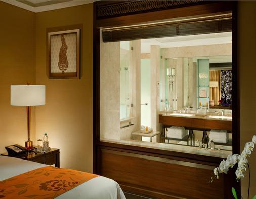 清奈里拉皇宫酒店 - 金奈 - 浴室