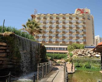 内坦亚公园酒店 - 内坦亚 - 建筑