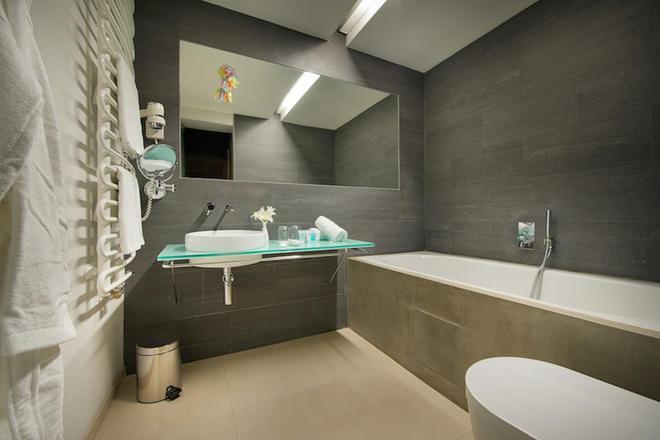 布拉格聂鲁达设计酒店 - 布拉格 - 浴室