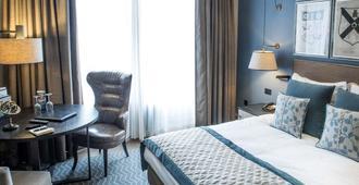 中央大酒店 - 格拉斯哥 - 睡房