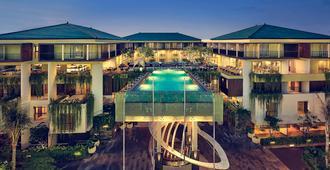 巴厘島勒吉安美居飯店 - 库塔 - 建筑