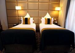 贝斯特韦斯特沙夫茨伯里皮卡迪利酒店 - 伦敦 - 睡房