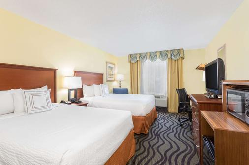 萨凡纳城贝蒙特旅馆套房酒店 - 萨凡纳 - 睡房