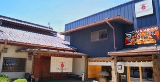 Spa 粉丝青年旅舍松元酒店 - 松本 - 建筑