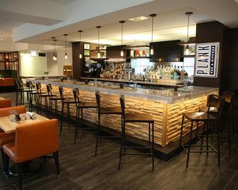 内珀维尔河滨因迪格酒店 - 内珀维尔 - 酒吧