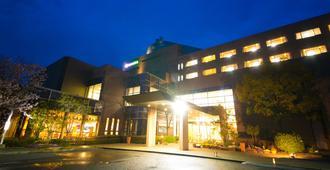 白山特蕾斯塔酒店 - 高松市