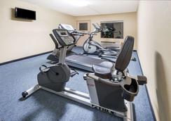 列克星敦东南戴斯酒店 - 列克星敦 - 健身房