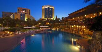 巴林会议及Spa世界酒店 - 麦纳麦 - 客厅